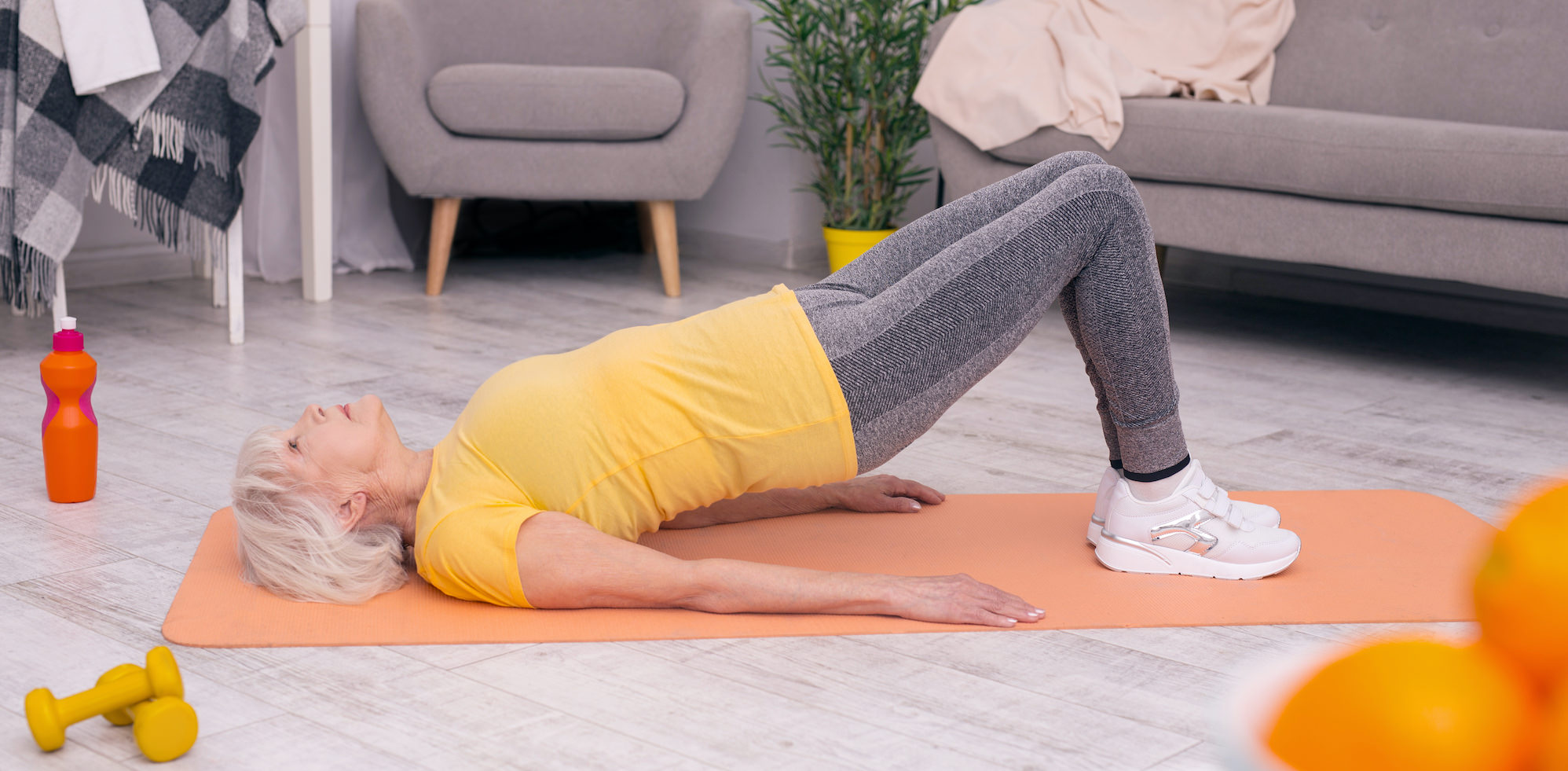 Performing pelvic lift exercise